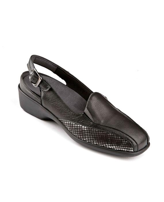 Sandalia de punta cerrada
